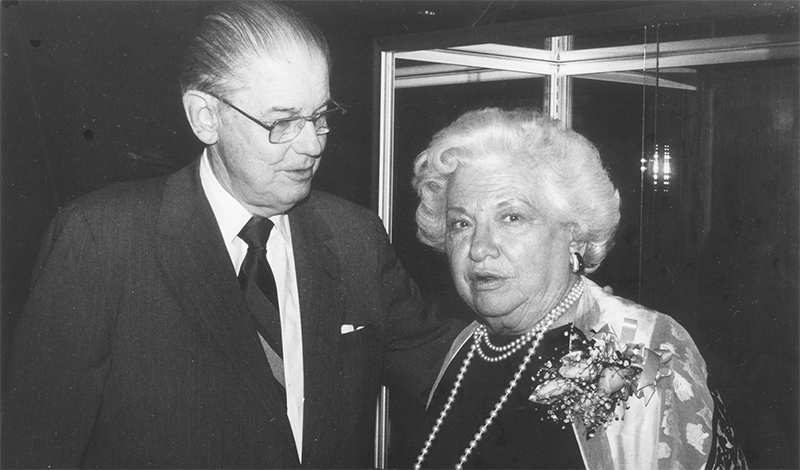 enkins Garrett with Liz Carpenter in the University of Texas at Arlington's Library's Special Collections, October 30, 1987
